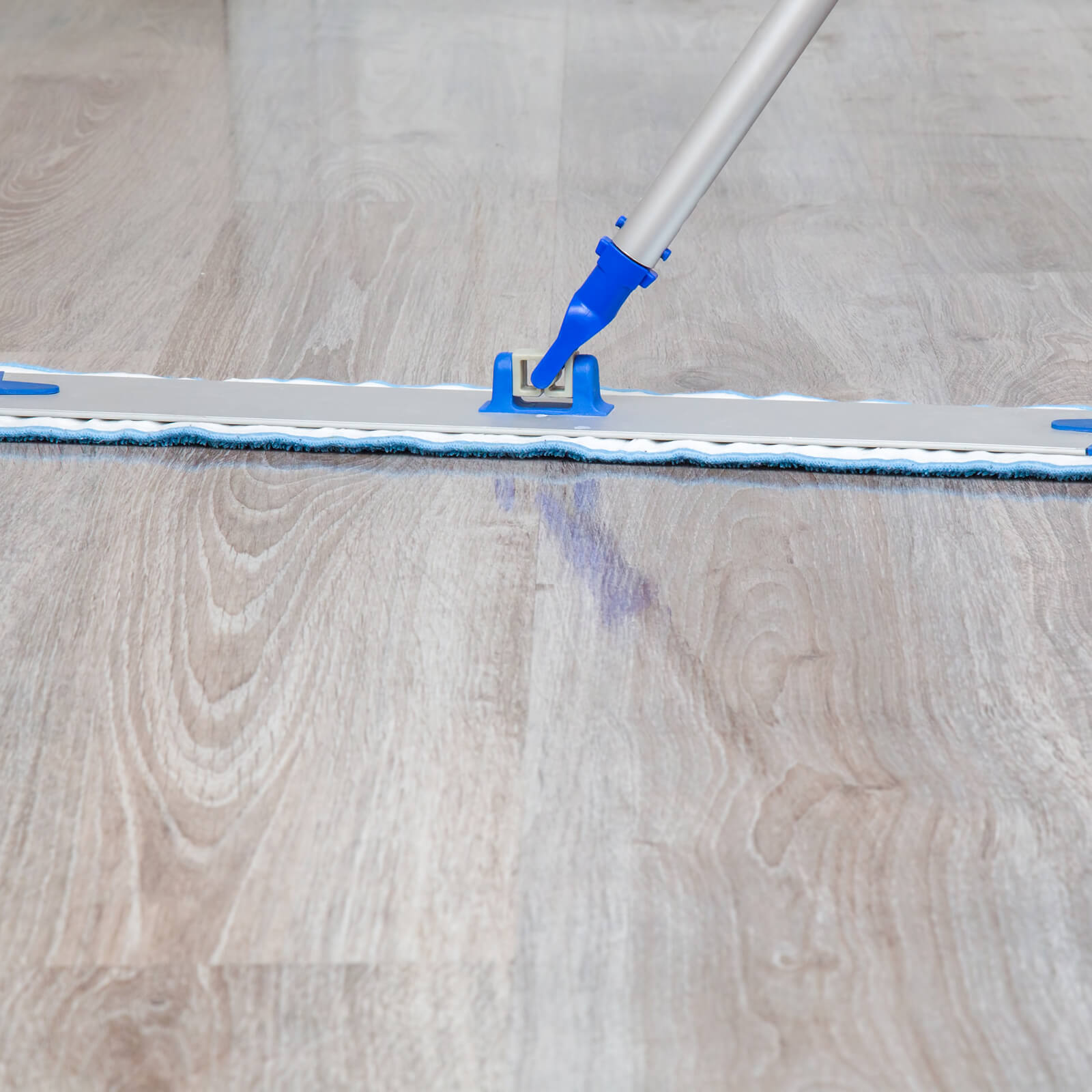 Laminate cleaning tips | Broadway Carpets, Inc